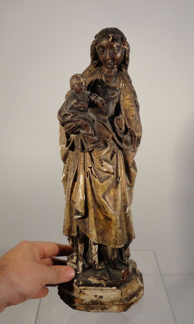 Beautiful16th cent Madonna and Child Carved and Painted - 2