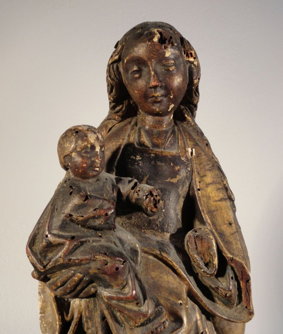 Beautiful16th cent Madonna and Child Carved and Painted - 4