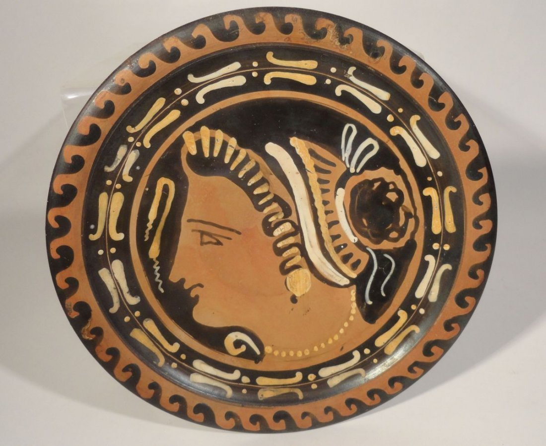 Greco-Roman Greek Apulian Pottery Lady of Fashion - 3