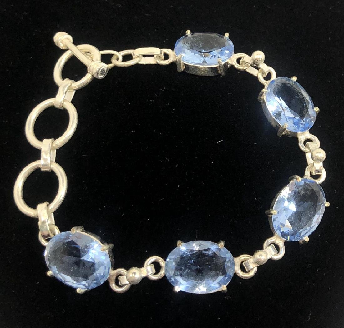 STERLING SILVER 25CT BLUE TOPAZ BRACELET