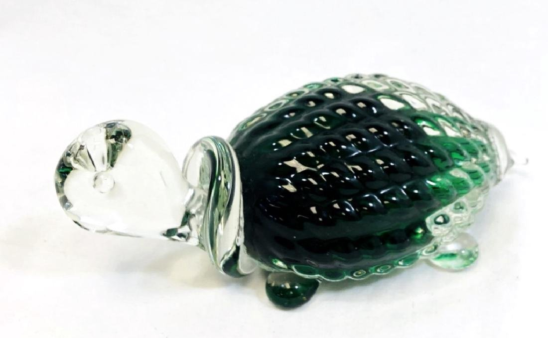 ADORABLE GREEN BACK CRYSTAL TURTLE PAPERWEIGHT