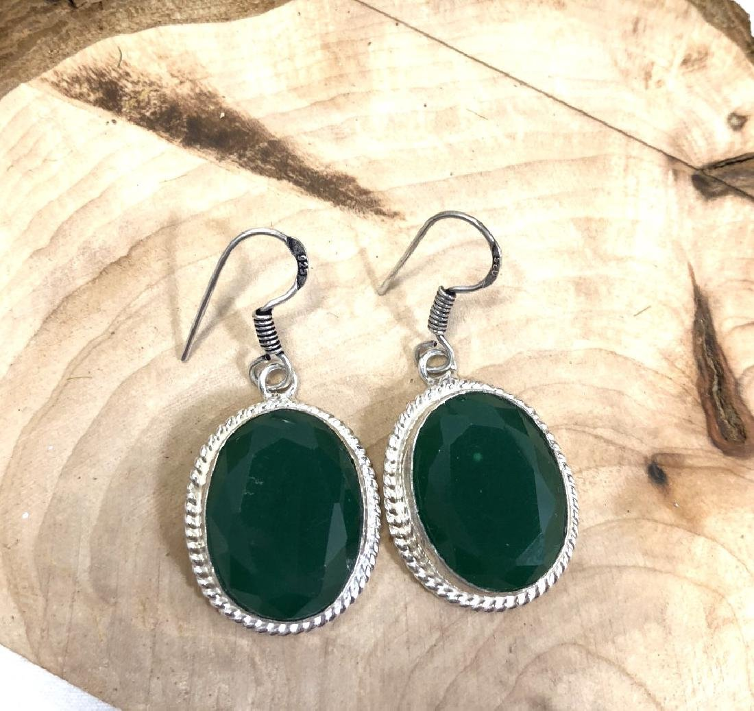 GORGEOUS FACETED NATURAL EMERALD GEMSTONE ERGS