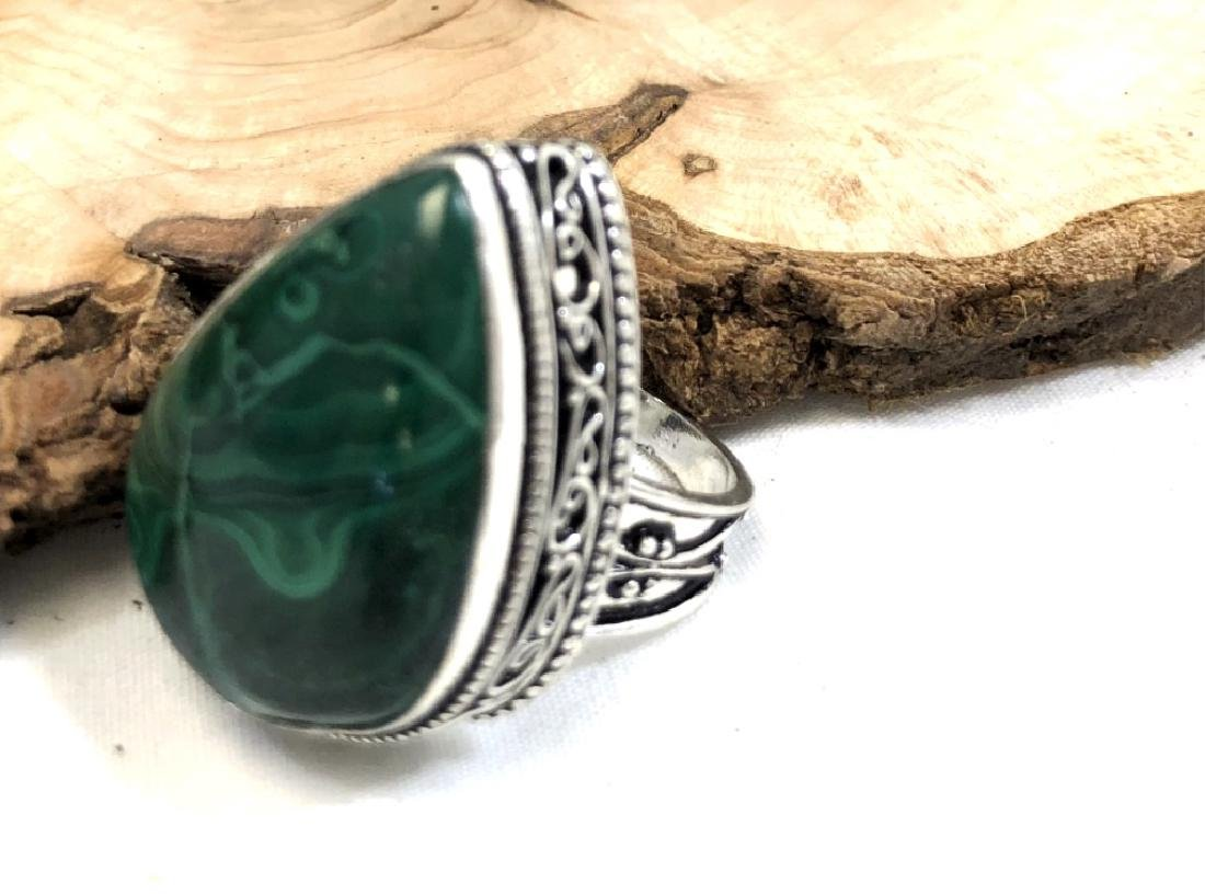 HUGE HANDCRAFTED 25CT SMOOTH MALACHITE STONE RING
