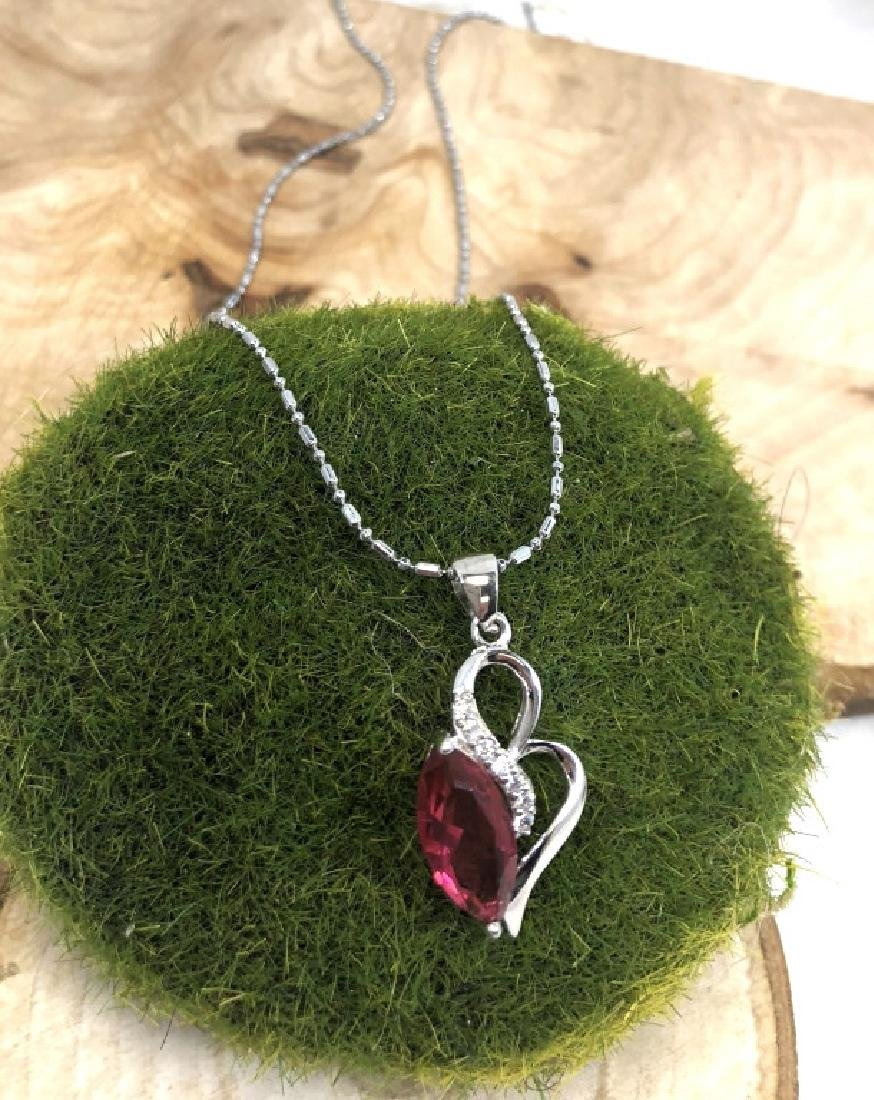PRETTY PINK/WHITE CRYSTAL HEART PENDANT NECKLACE