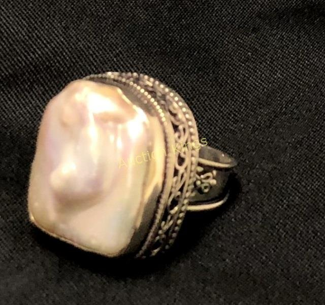 AMAZING ABSTRACT BIWA PEARL FILIGREE RING