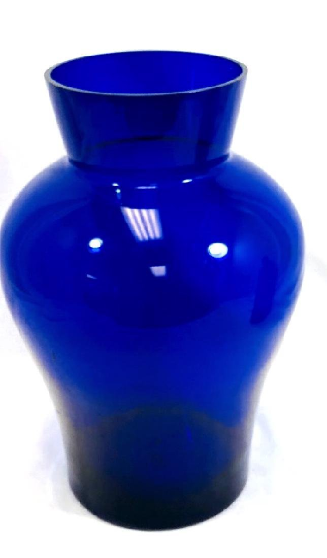 BEAUTIFUL SIGNED DEEP BLUE ART GLASS DECO VASE