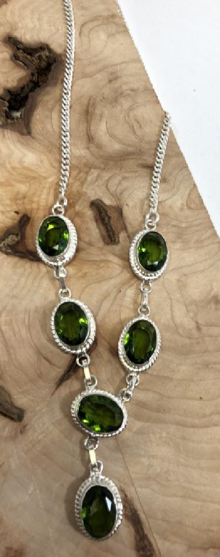 SPECIAL 20CT FACETED PERIDOT GEMSTONE NECKLACE