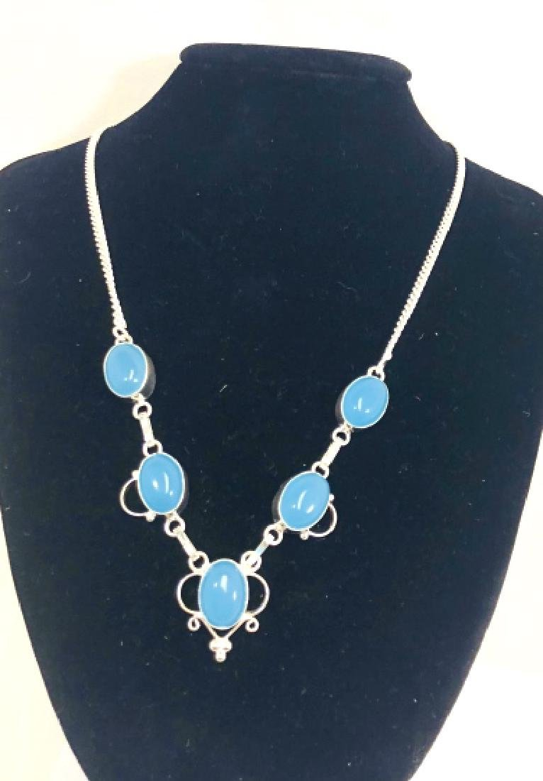 COOL SMOOTH CLOUDY BLUE AGATE 25CT STERLING NECKL