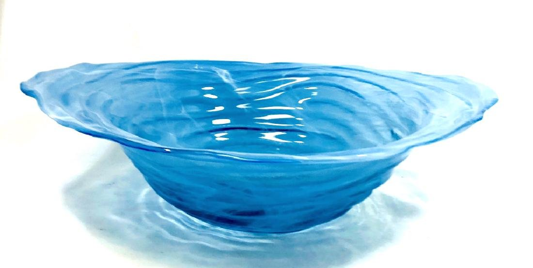 GORGEOUS IRRIDESCENT SKY BLUE MURANO BOWL - 2