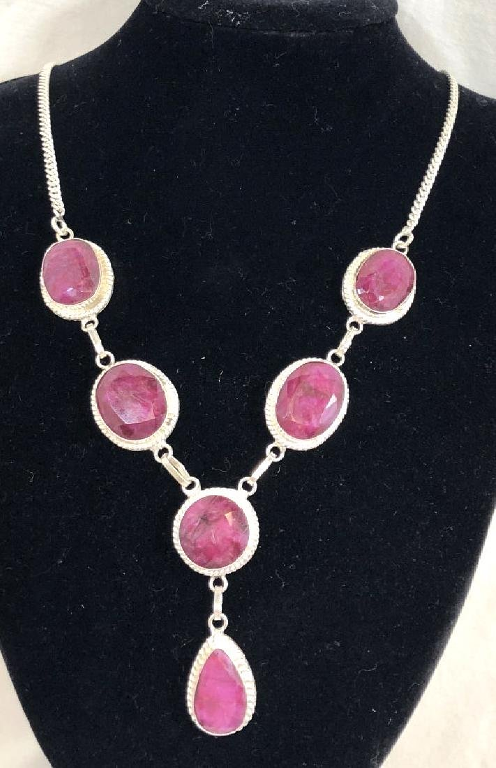 GORGEOUS NATURAL RUBY GEMSTONE NECKLACE