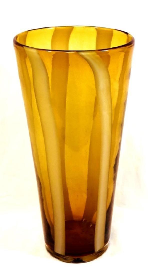 VINTAGE SIGNED WHITE SWIRL AMBER ART GLASS VASE