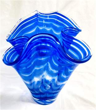 GORGEOUS BLUE/CLEAR WAVE FORM ART GLASS VASE