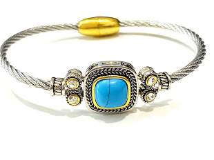 TRENDY TURQUOISE AND CRYSTAL ACCENT BRACELET