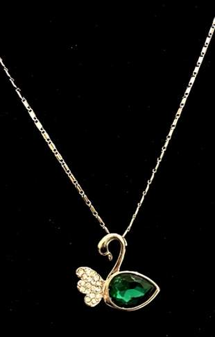 MAGNIFICENT SILVER SWAN CRYSTAL PENDANT NECKLACE