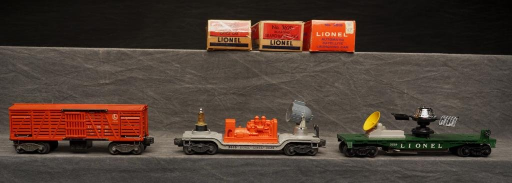 Lot of 3 Lionel Cars.