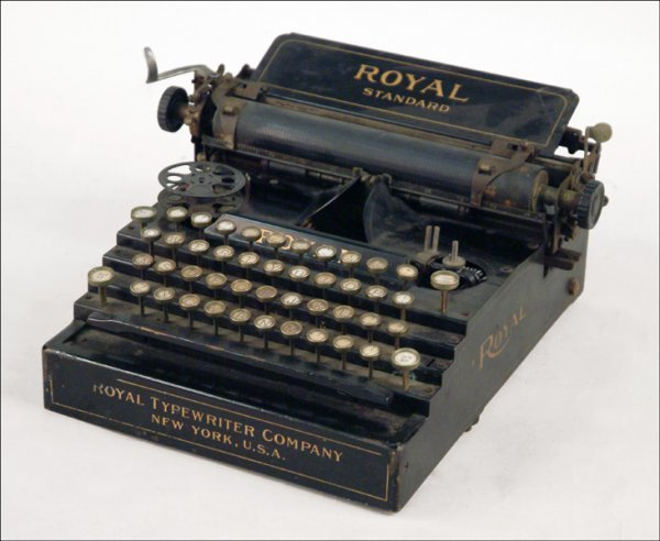 262: ROYAL STANDARD TYPEWRITER.