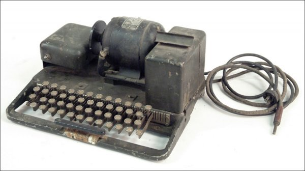 270: TELETYPE MACHINE.