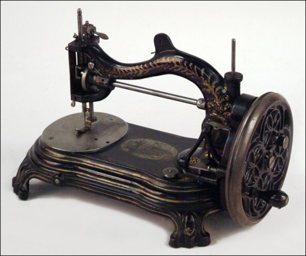 281: BRADBURY WELLINGTON SEWING MACHINE.