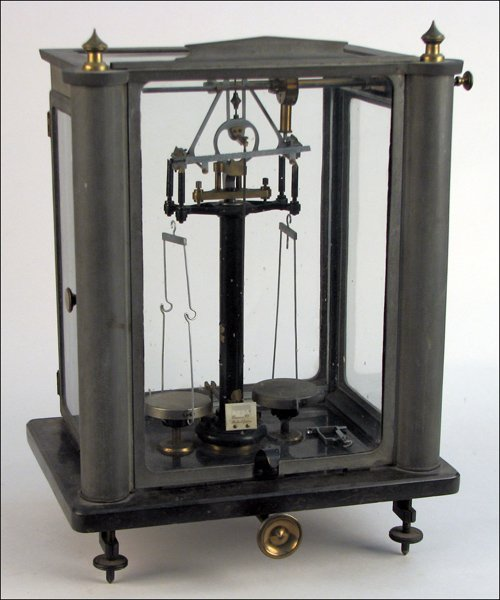 103: UNUSUAL ANALYTICAL BALANCE BY QUEEN & CO.
