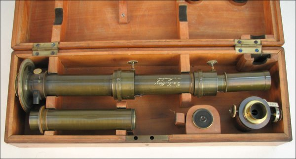 138: DIRECT VISION SPECTROSCOPE BY G & S MERZ, MUNICH.