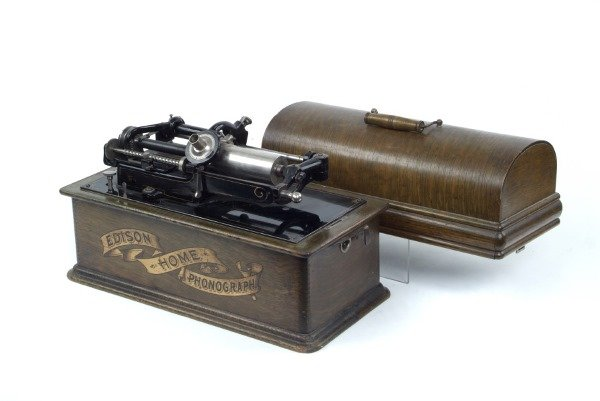 7002101: EDISON HOME PHONOGRAPH WITH REPEATING ATTACHME