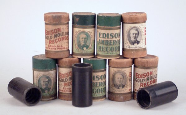 7002124: APPROXIMATELY 100 2-AND-4 MINUTE WAX CYLINDERS