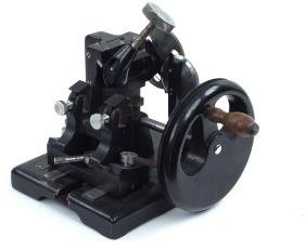 MINOT ROTARY MICROTOME BY BAUSCH & LOMB.
