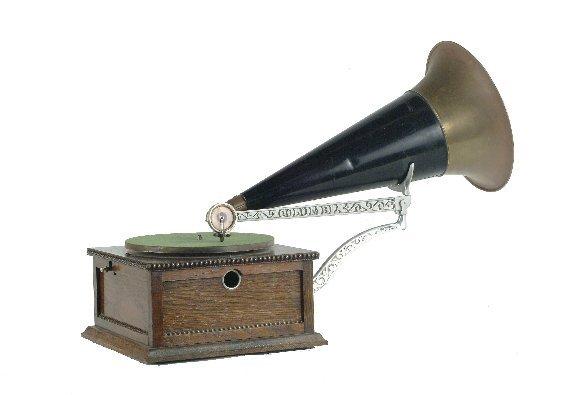 3: Columbia Type BA Disc Graphophone,