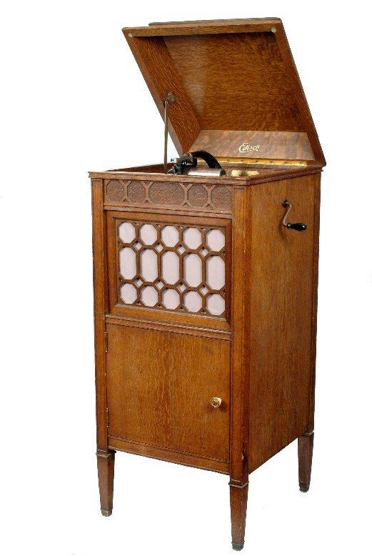 13: Edison Amberola 80 Phonograph,