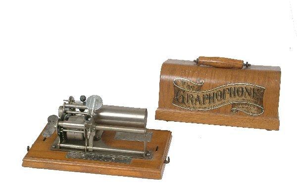17: Columbia Type B Graphophone,