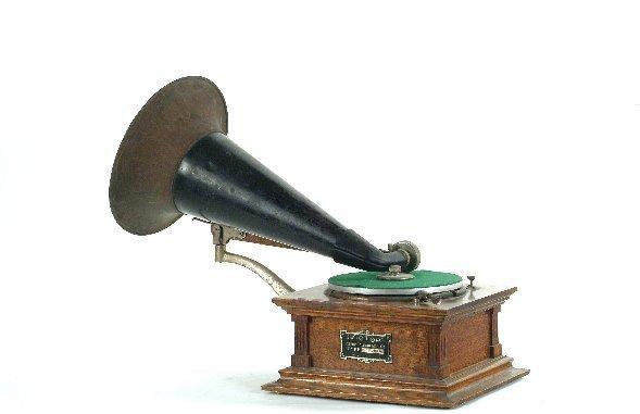 24: Victor Type C Phonograph,