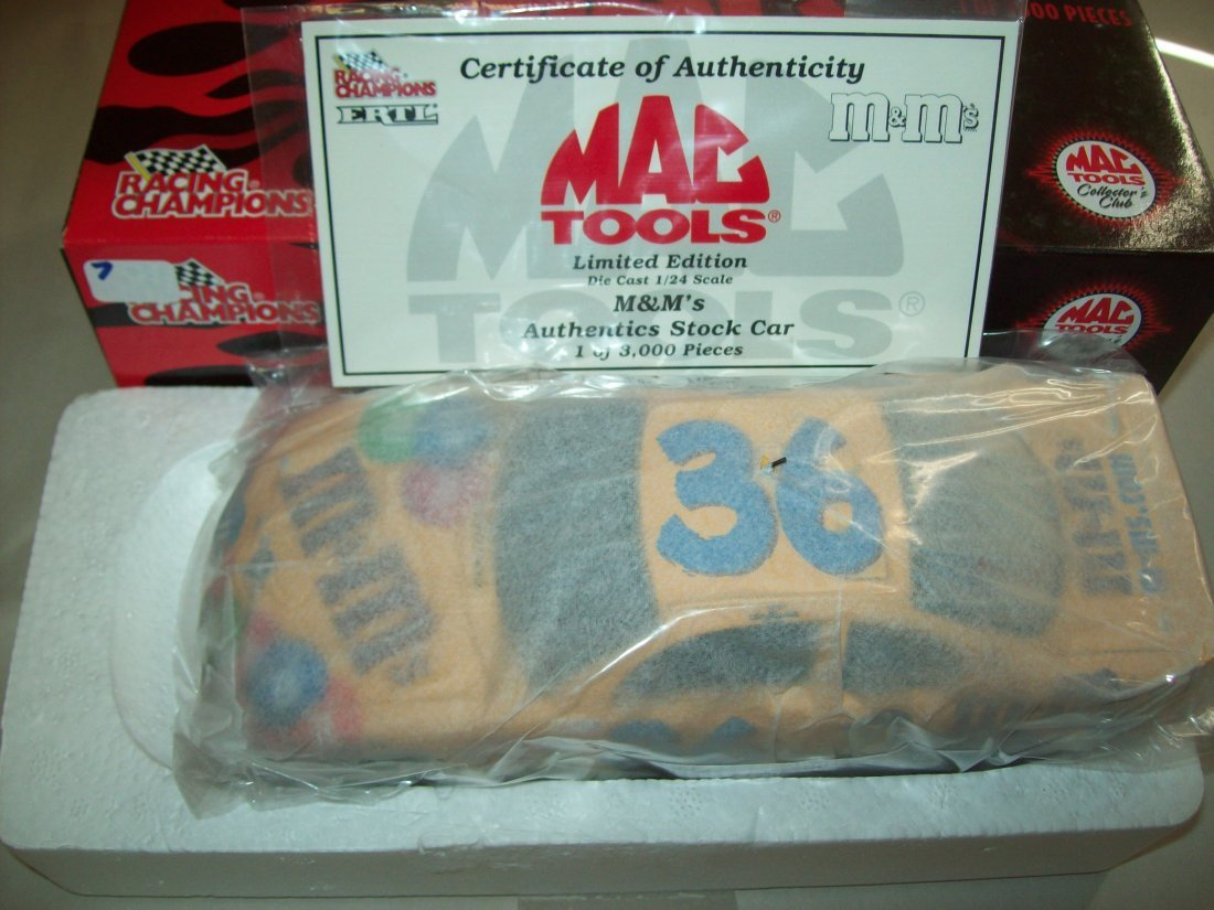 MAC TOOLS M&M's Ken Schrader Authentics Stock Car 1/24