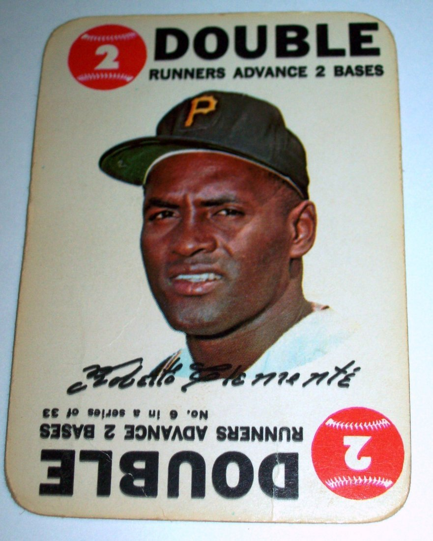1968 Topps Baseball Game #8 Roberto Clemente DOUBLE