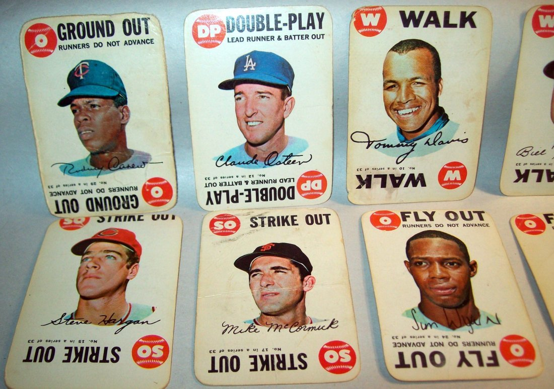 Lot of (20) 1960s Topps Baseball Cards - 2
