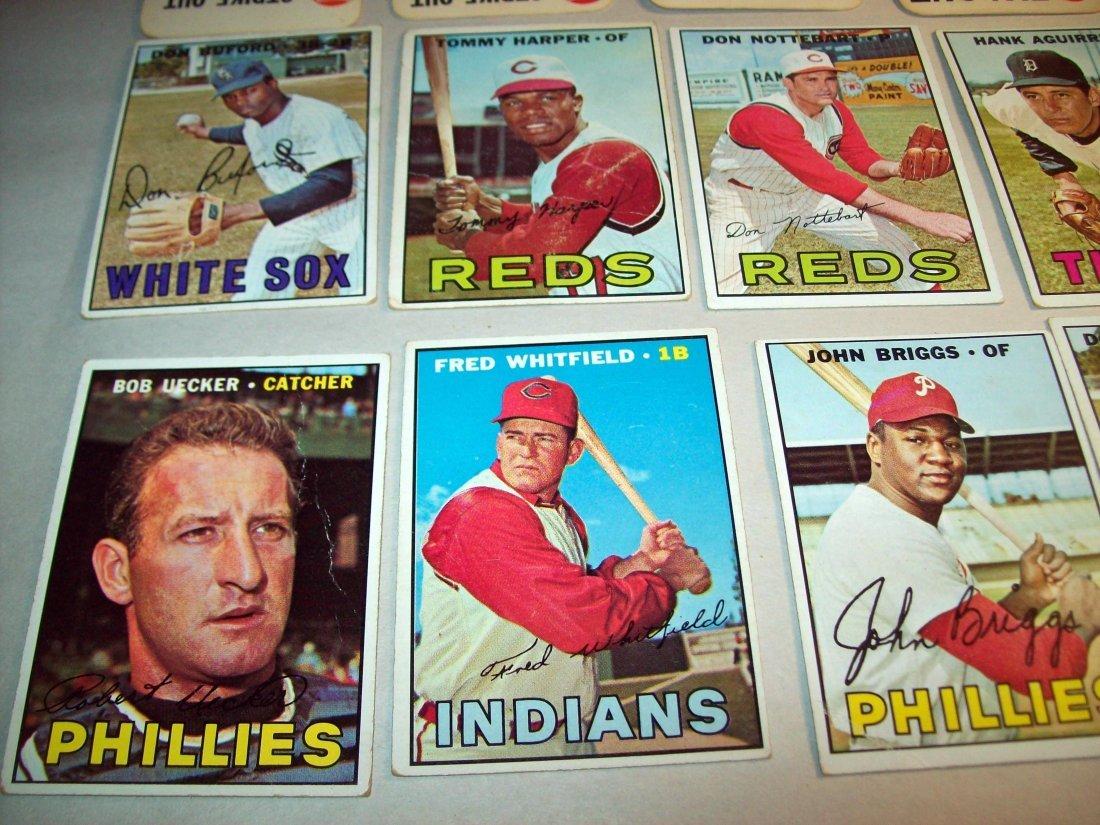 Lot of (20) 1960s Topps Baseball Cards - 4