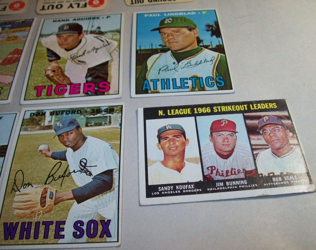 Lot of (20) 1960s Topps Baseball Cards - 5