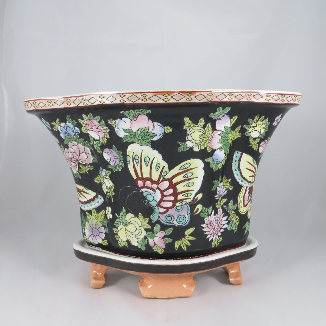 Chinese Qing Dynasty Flower Pot - 2