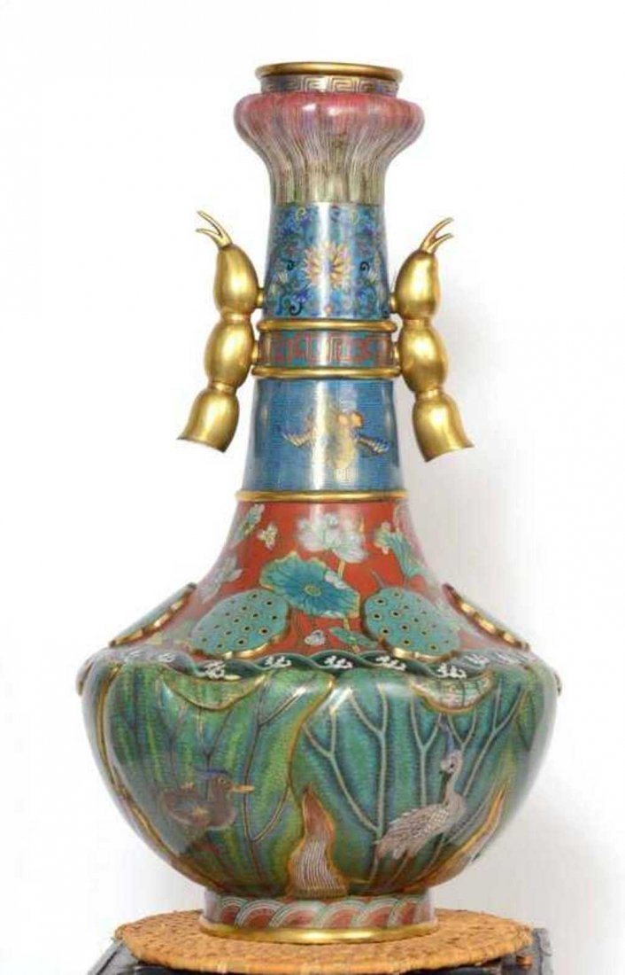 Chinese Qing Dynasty Cloisonne Vase