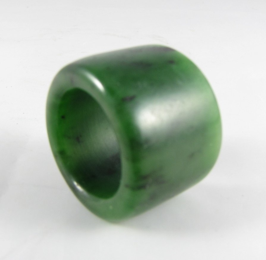 Hetian Spinach Jade Thumb/Archer's Ring