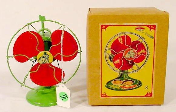 2007: Key Wind Tin Puppy Fan Toy