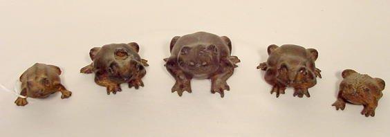 1301: 5 Bronze Toads NR