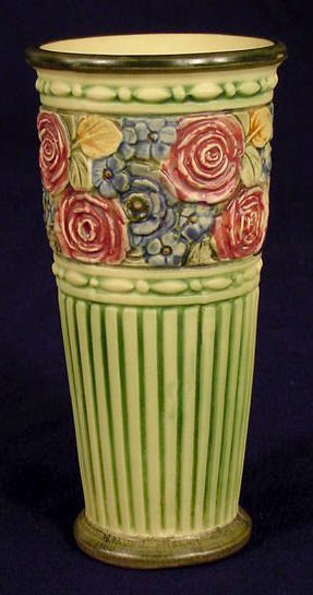 "19: Unmarked Weller Pottery ""Zona"" Vase NR"