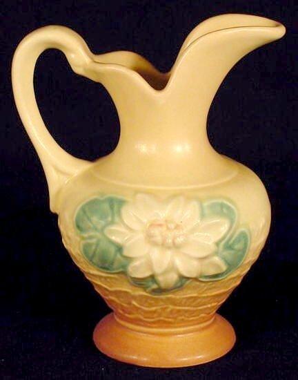 326: 2 Hull Art USA Pottery Items: Vase and Ewer NR - 5