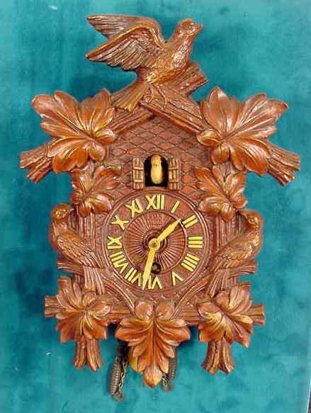 2001: Lux Cuckoo Pendulette Clock NR