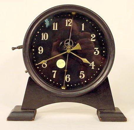 2501: British Gravity Table Clock NR