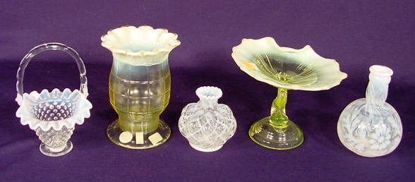 520: Five Opalescent Glass Items NR