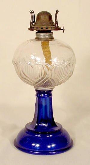 1001: Hearts & Bars Pattern Glass Oil Lamp NR