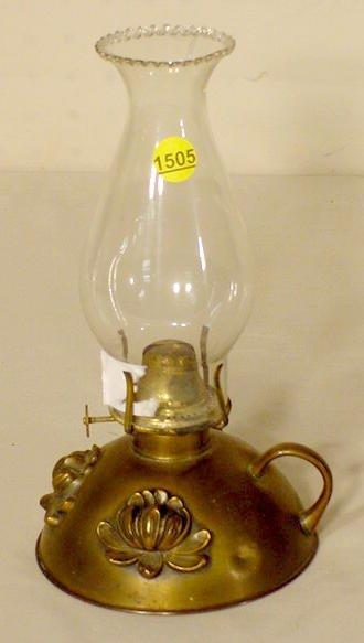 1505: Relief Floral Kerosene Finger Lamp NR