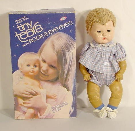 5: 2 Tiny Tears Ideal Dolls, One  in Box NR