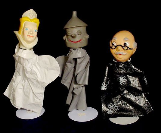 219: Wizard of Oz Plastic Hand Puppets & Theater NR - 4